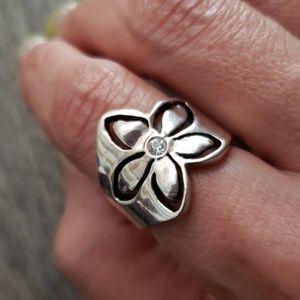 Premier Designs Jewelry - Premier Designs Antiqued Ring